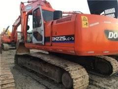 斗山DH225二手挖土机