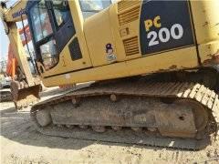 二手小松PC200-8挖掘机