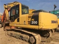 二手小松200-8挖掘机市场出售