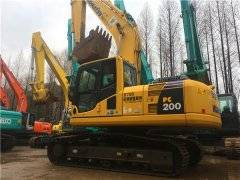 进口小松PC200-8二手挖掘机市场